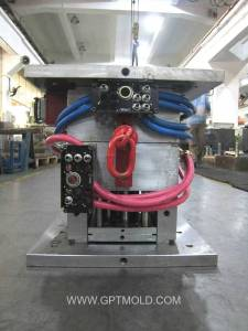 China Plastic Mold Plant