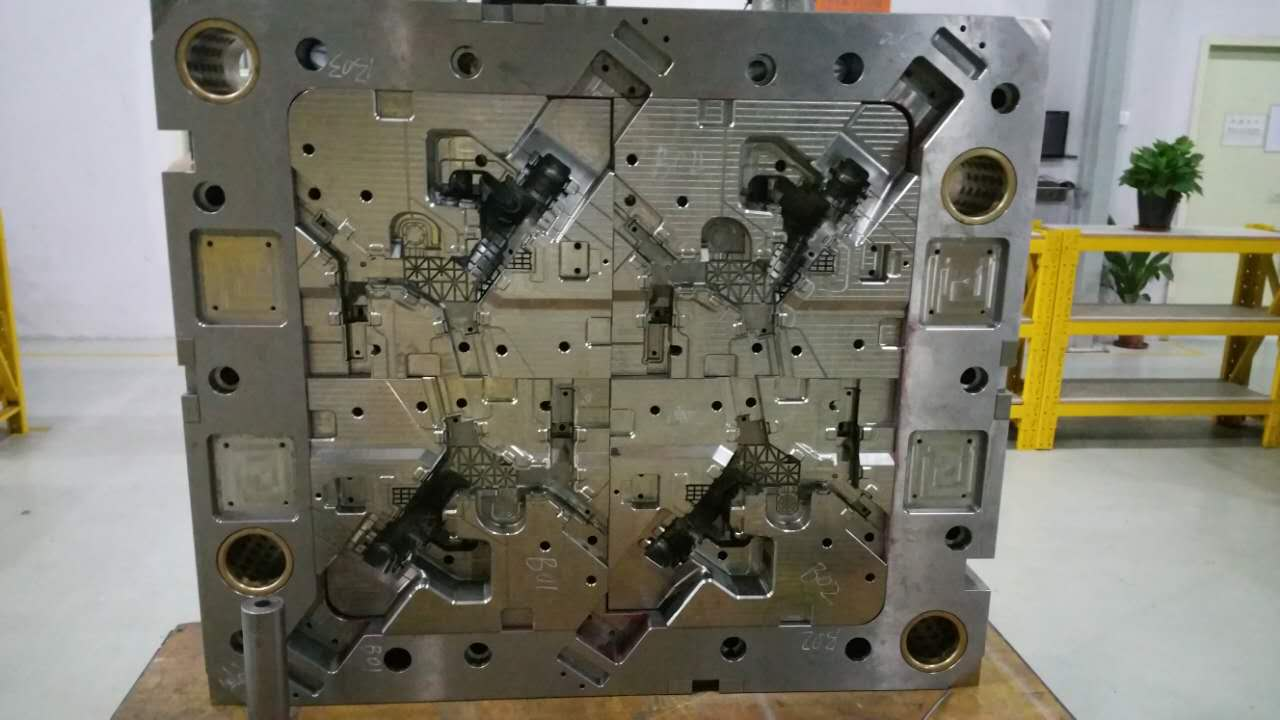 high class precision injection mold